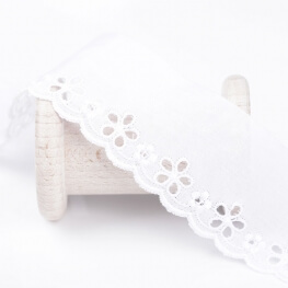 Broderie anglaise simple  - Blanc