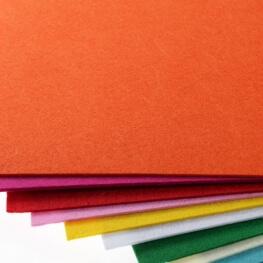 Plaque de feutrine épaisseur 1mm - 25cm x 30cm - Orange carotte