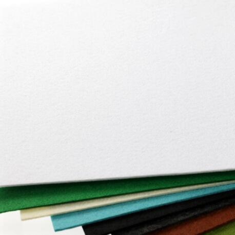 Plaque de feutrine épaisseur 1mm - 25cm x 30cm - Blanc
