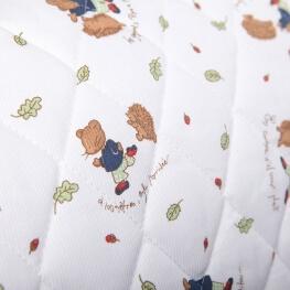 Tissu piqué de coton matelassé hérisson et souris x50cm