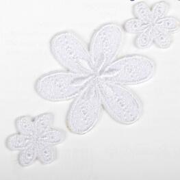 Ecussons thermocollants lot de 3 fleurs - Blanc