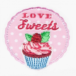 Ecusson love food cupcake