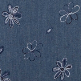 Tissu chambray brodé fleuri hippy - Bleu & bleu ciel
