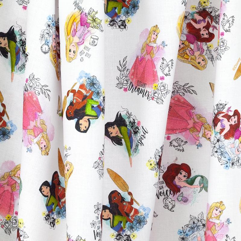 0.5 Mètre Disney Princess Love Coton blanc 100/% Coton Tissu 147 cm large